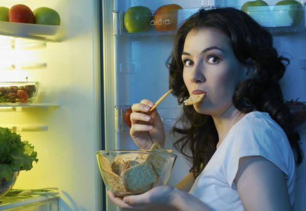 Как перестать есть на ночь – действенные способы избавления от этой привычки