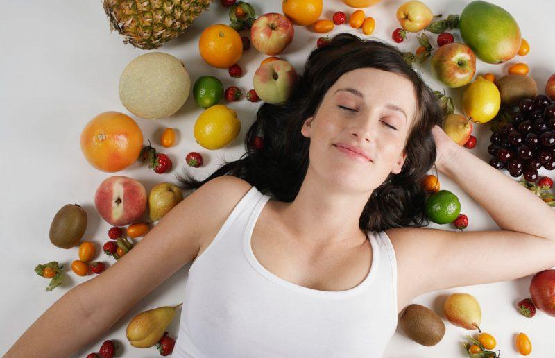 Какие фрукты можно есть при похудении и можно ли их есть вечером
